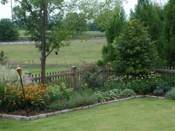 majure-perennial-garden2